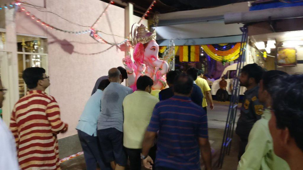 AniruddhaFoundation-Eco-Friendly-Ganesh-Distribution-2017 (10)