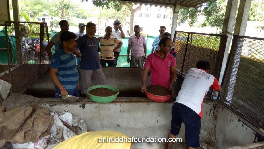 Aniruddha Foundation - Vermiculture-Oct 15, 2017